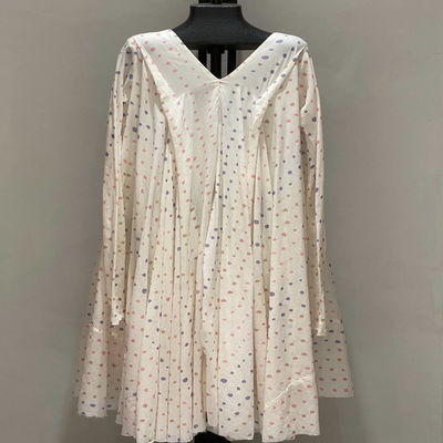 V NECK WITH SLEEVES PASTEL SHADES DOTS